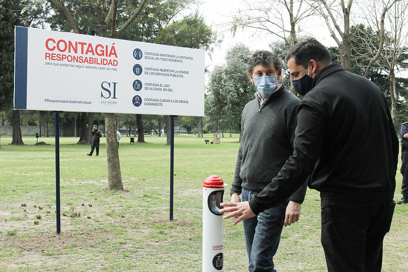 Gustavo Posse en el parque Golf de Villa Adelina