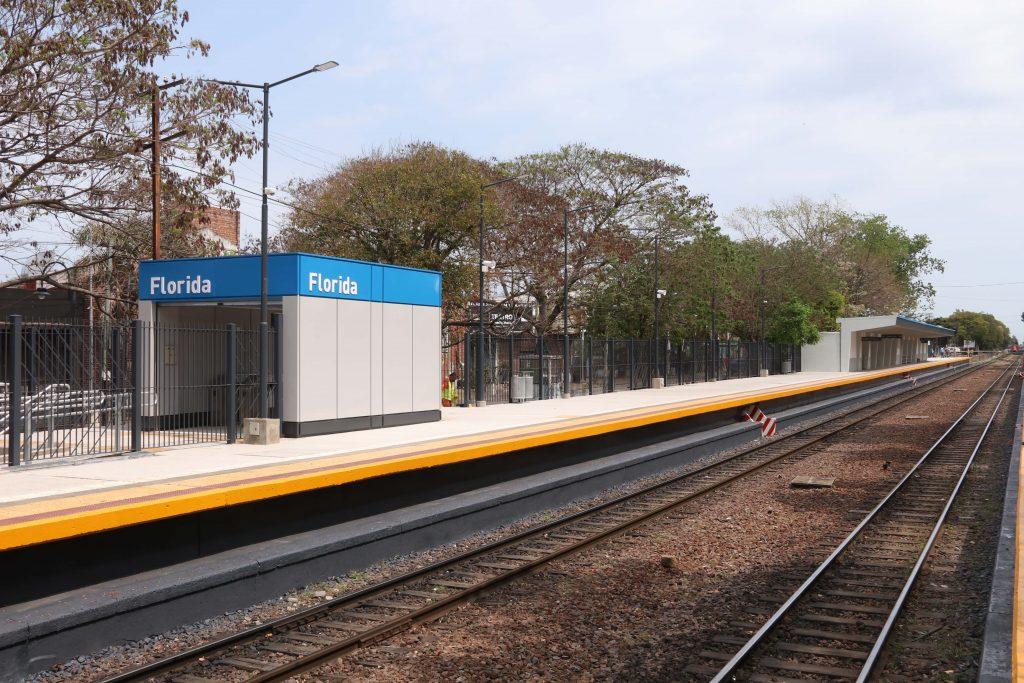 La renovada estación Florida de la línea Belgrano Norte, que ahora cuenta con mejores espacios para esperar el tren y accesos para personas con movilidad reducida.