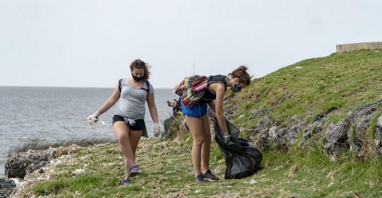 Limpieza en la costa de San Isidro
