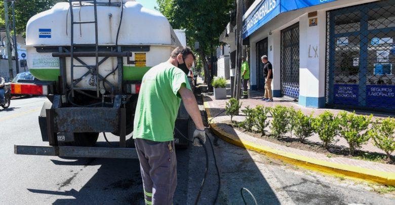 Parquización de las avenidas y centros comerciales