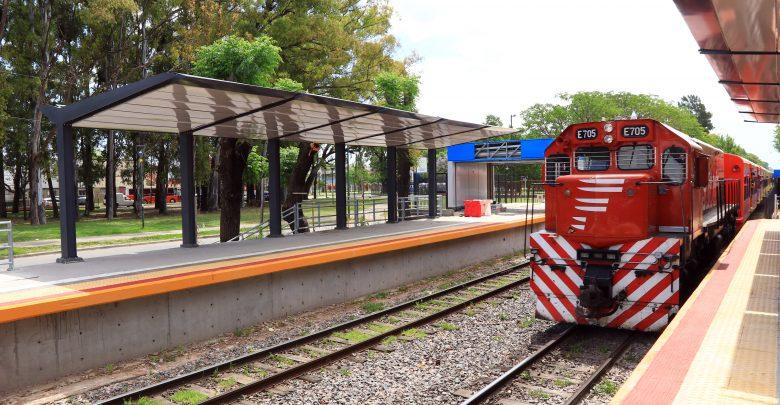 Estación Villa Adelina en la etapa final
