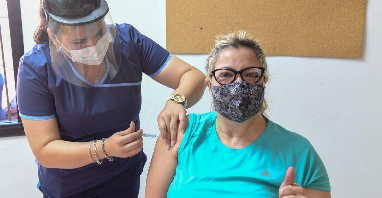 Docentes ya se vacunan en San Fernando