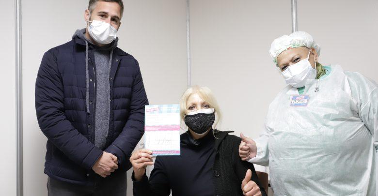 Federico Achával presente en la campaña de vacunación